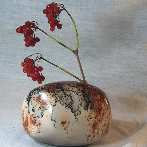 Handmade Pottery - Yonaguni Single Flower Vase